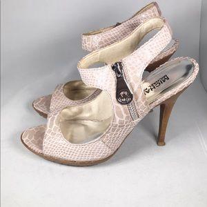 Michael Kors light pink snakeskin (look high heels